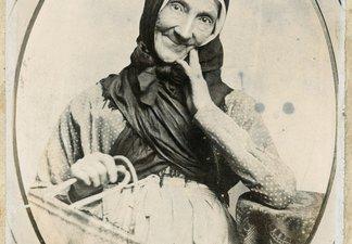 Dolly Peel portrait photo