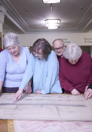 Group using the Archives