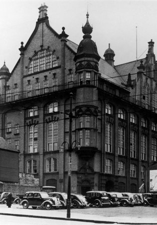 Black and white photo of Blandford House, Co-operative Wholesale Society North East Headquarters