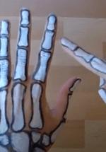 Halloween How-To online - 'robot' hand