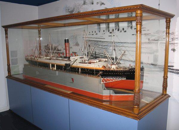 Bermuda dry dock model