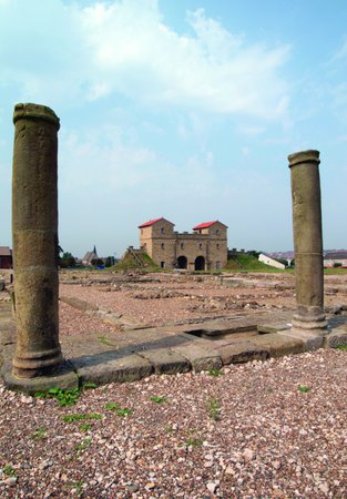 Photo of Arbeia Roman Fort grounds on a sunny day