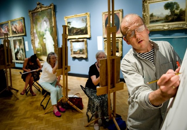 Art classes at the Laing Art Gallery