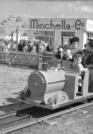 miniature railway at South Shields in 1950s