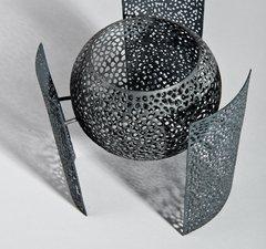 An item of contemporary craft